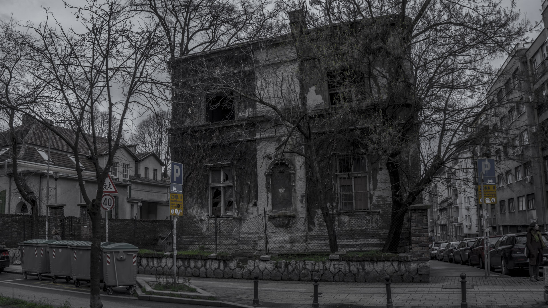 Následující galerie => Ze života domů (II) // Petr Nuska - Fotografie  - woreshack.cz